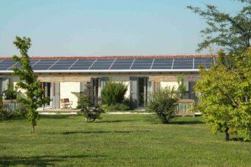 Il nuovo edificio con pannelli solari